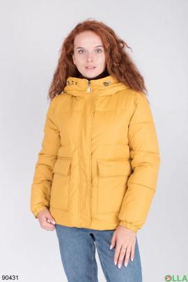 Женская зимняя темно-желтая куртка с капюшоном