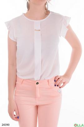Легкая женская блузка белого цвета