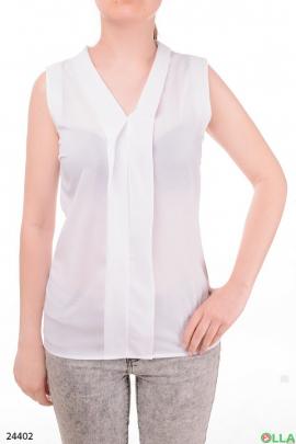 Легкая женская блузка без рукавов