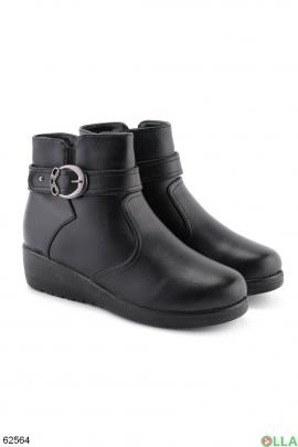 Женские зимние черные ботинки