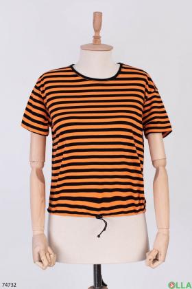Женская черно-оранжевая футболка в полоску