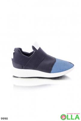 Кроссовки черные с голубым носком