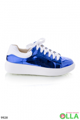 Кеды синего цвета