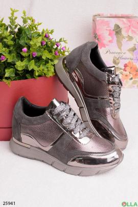 Серые кроссовки с бронзовыми вставками