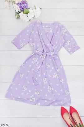 Женское лиловое платье в цветочный принт