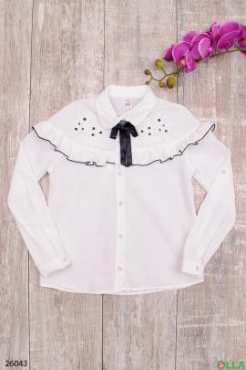Блузка белого цвета для девочки