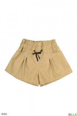 Женские шорты-юбка бежевого цвета