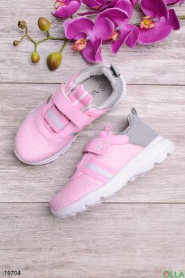 Кроссовки розового цвета на липучке