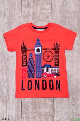 Оранжевая футболка с рисунком