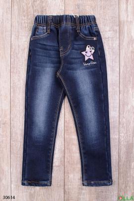 Синие джинсы с поясом на резинке