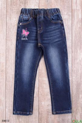 Синие джинсы с нашивками