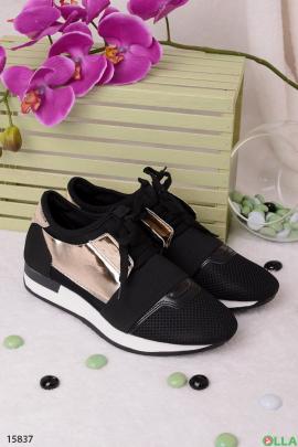 Черные  кроссовки с золотистым верхом
