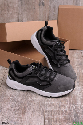 Мужские кроссовки серого цвета