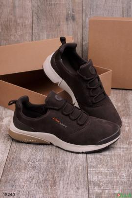 Мужские кроссовки коричневого цвета