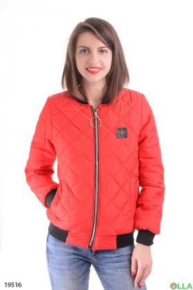 Женская куртка кораллового цвета