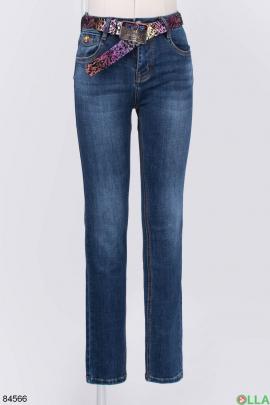 Женские синие джинсы с ремнем