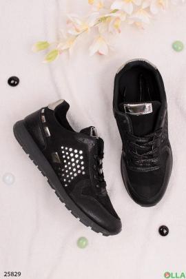 Стильные кроссовки черного цвета