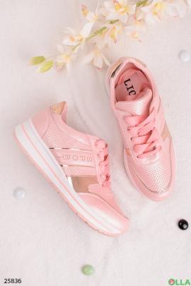 Розовые кроссовки с надписью Sport