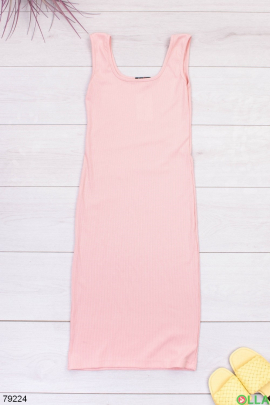 Женское трикотажное розовое платье