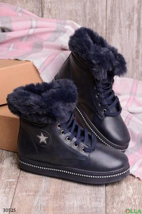 Женские ботинки с меховой отделкой