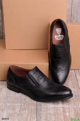 Мужские туфли с декоратиивной шнуровкой