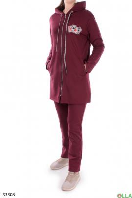 Бордовый спортивный костюм