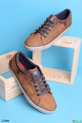 Коричневые кеды на шнуровке