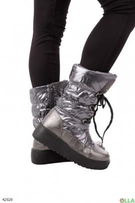 Женские серебристые ботинки