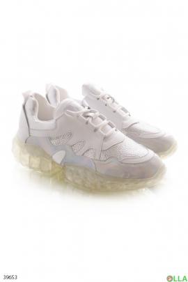 Женские кроссовки с прозрачной подошвой