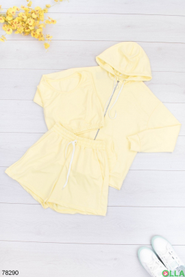 Женский желтый спортивный костюм-тройка