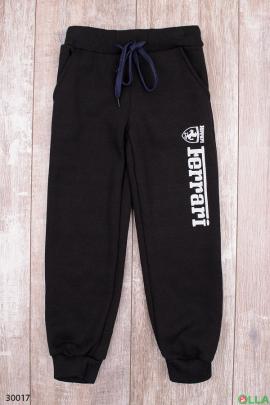 Спортивные штаны чёрного цвета