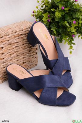 Шлепанцы на каблуке, синего цвета