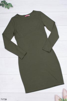 Женское трикотажное платье цвета хаки