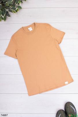 Мужская коричневая футболка