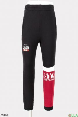 Мужские спортивные черные брюки с бордовой вставкой