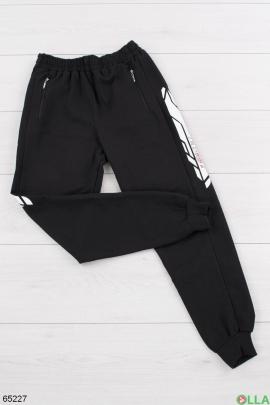 Мужские спортивные черные брюки со вставками