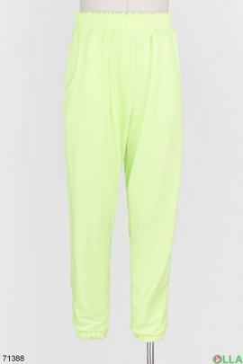 Женские спортивные салатовые брюки