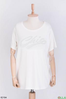 Женская футболка с надписью из страз