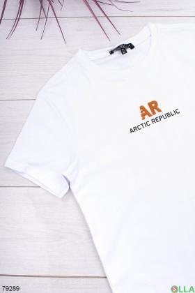 Мужская белая футболка с принтом
