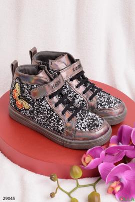 Ботинки с бабочкой