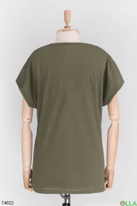 Женская футболка цвета хаки с принтом