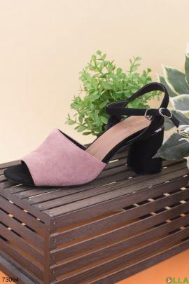 Женские черно-розовые босоножки на каблуке