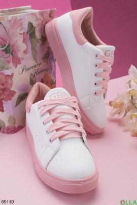 Женские белые кроссовки с розовой подошвой