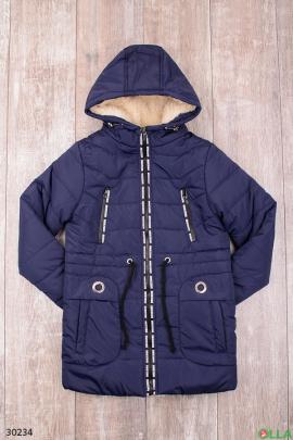Утепленная куртка тёмно-синего цвета с капюшоном