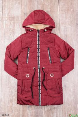 Утепленная куртка бордового цвета с капюшоном