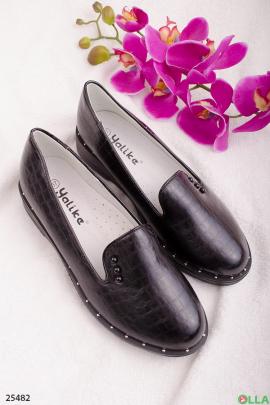 Черные туфли-лоферы