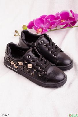 Черные кеды со шнуровкой
