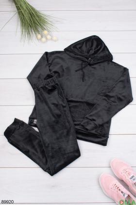 Женский черный спортивный костюм из велюра