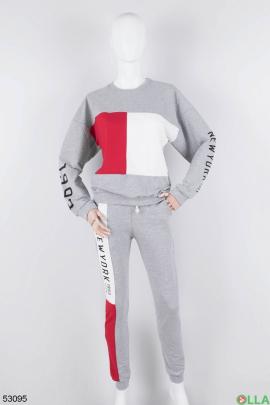 Женский спортивный костюм без утеплителя