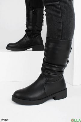 Женские черные сапоги на молнии